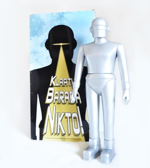 Gort-figurine-Robot-Paradise