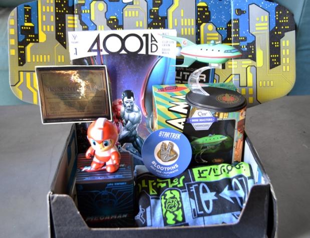 Loot-Crate-Futuristic-Robot-Paradise-3